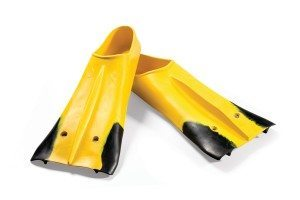 Z2 Zoomer Hero Yellow Pair HR 300x200 Why Short Blade Fins vs. Long Blade Fins?