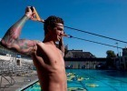 Anthony Ervin uses the FINIS Dryland Chord to stretch (image courtesy of FINIS)