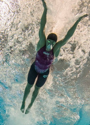 underwater swimming photos