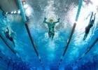 Katie McLaughlin underwater swimming photo