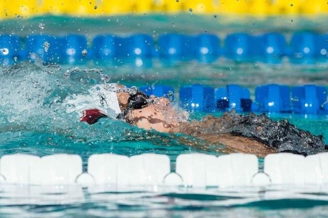 Maya DiRado swims prelims of 200 backstroke 2015 Santa Clara Pro Swim (photo: Mike Lewis, Ola Vista Photography)