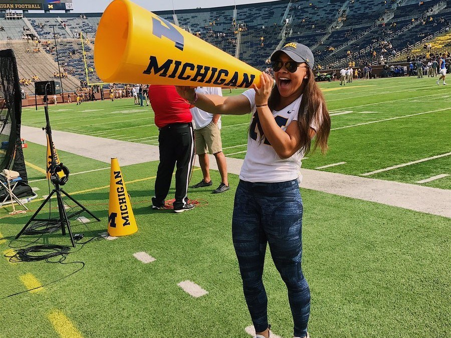 Michigan Women Open 2018 Recruiting with Verbal from NAG Record-holder Alexis Wenger