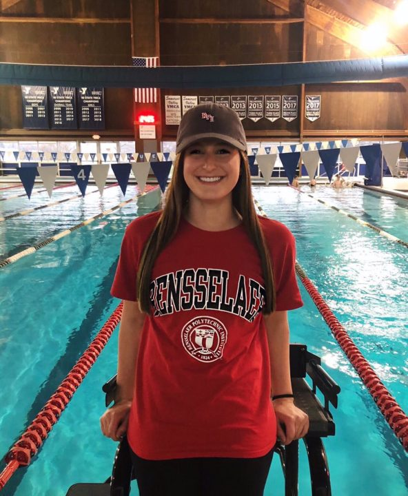 Alyssa Cahill Gives Commitment to D-III Rensselaer Polytechnic Institute