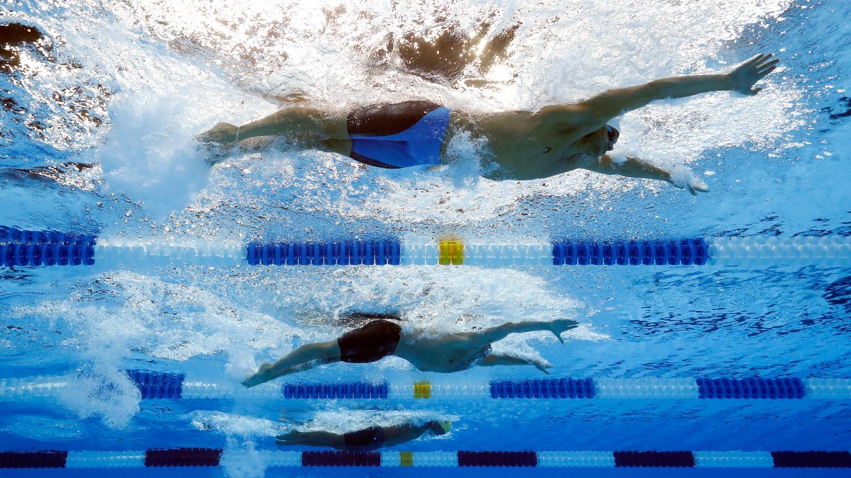 Elite Swimmers Push Limits, Train More Aggressively with Hammer Head Swim Caps