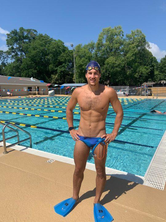 Santiago Grassi vuelve a nadar después del coronavirus