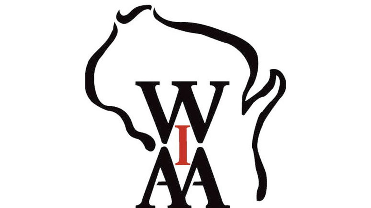 Brookfield East Nearly Sets National High School Relay Record, Wins WIAA State